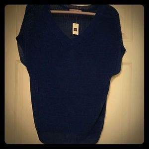 Gap womens size small knit top .